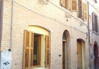 Tolentino v103(dettagli) a 62029 Tolentino MC, Italia per € 145.000,00  (prezzo ribassato)